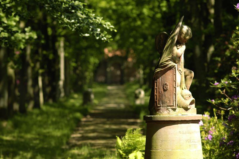Gedenkstein für Wilhelm zu Inn-und Knyphausen